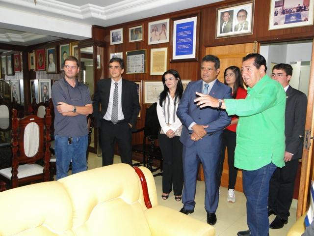 Reitor Saulo Martins, diretor da instituição portuguesa Raimundo Neto e o fundador do Grupo Ceuma, Mauro Fecury