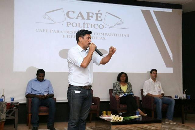 Wellington respondeu questionamentos dos empresários sobre temas relacionados a projetos eficientes de gestão pública