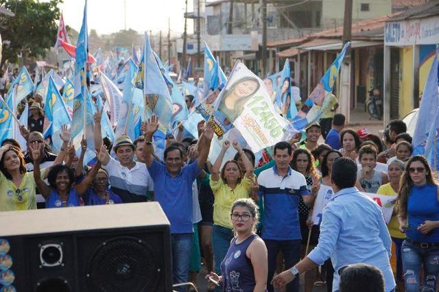 Uma das primeiras medidas de Josemar como prefeito foi extinguir cargos e cortar salários, a começar pelo seu, do seu vice e dos secretários