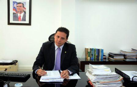 Rodrigo Maia devolveu os autos por força de um mandado de busca e apreensão contra o Estado