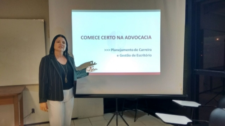 Claudia Luisa de Sousa Chaves é Coach especialista em Carreira e em Gestão de Escritórios Advocatícios