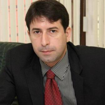 Prefeito Marcelo Jorge Torres atrasou salários do funcionalismo seguidamente