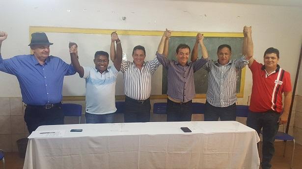 Dizendo-se perseguidos, prefeitos fecharam consenso para fortalecer  entidade representativa