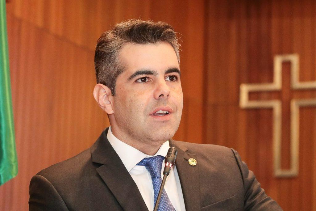 Deputado Adriano Sarney externa preocupação com crise no Aldenora ...