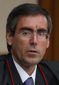 Ministro Versiani