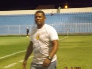 Treinador Ismael Reis preparando o tricolor do Camaçari (Foto/M. Rodrigues)