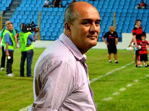 Roberto Fernandes está desmotivado(foto/Zeca Soares)