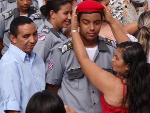 Entrega de boina Colegio Tiradentes (Foto/Alan Milhomem)