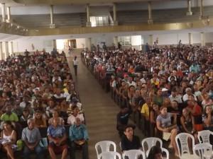População concentrada no Templo Assembléia de Deus (Foto/Divulgação)