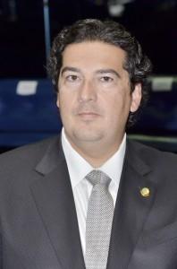 Clóvis Fecury, suplente de João Alberto Souza (PMDB-MA), tomará posse como senador após pedido de licença do titular da vaga, que assumirá cargo no governo do Maranhão