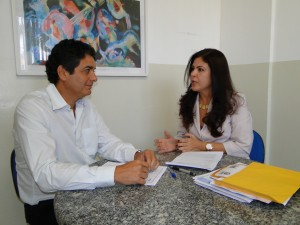 Arthur Cabral Marques (coordenador geral do Cebetec) e Adriana Carvalho (coordenadora adjunta do Cebetec)
