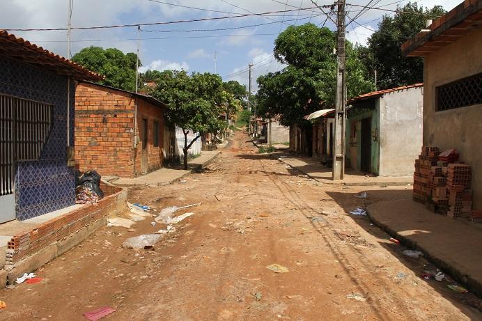 Foto: Douglas Júnior - Avenida Natal completamente deserta