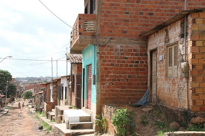 Foto: Douglas Júnior - Até comerciantes deixaram o local