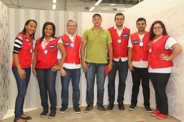 O instrutor Elivan Lopes com os Gerentes da Potiguar Reginaldo Gonçalves e Adriano Pestana e a equipe de marketing responsável pelo evento.
