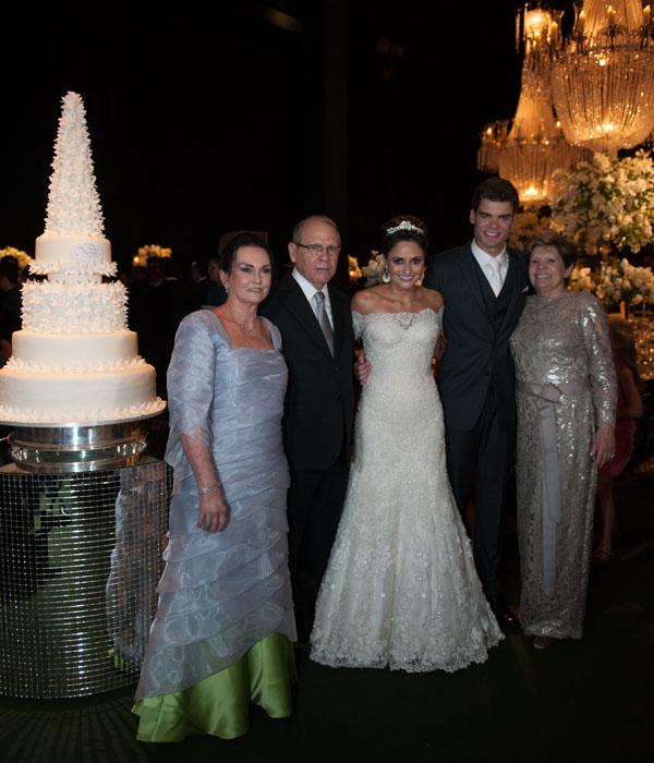 Felipe e maria fernanda com os avós dele, Ana Tereza e Antonio Carlos Nogueira Santos e Mariazinha Saldanha.