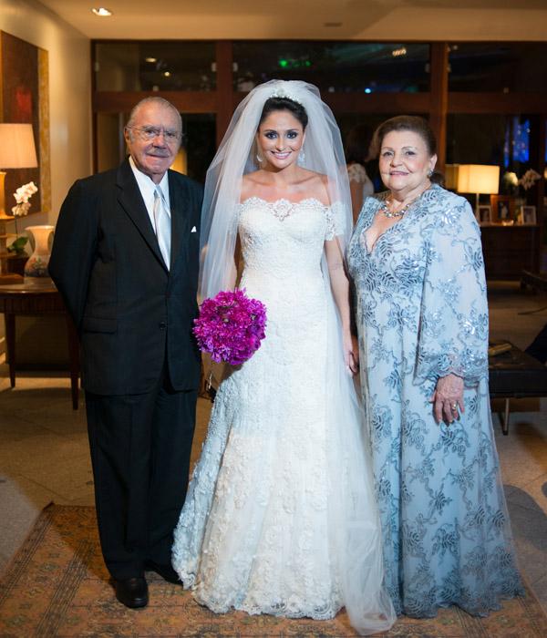 Por fim, os noivos com os avós paternos dela, presidente José Sarney e D. Marly.