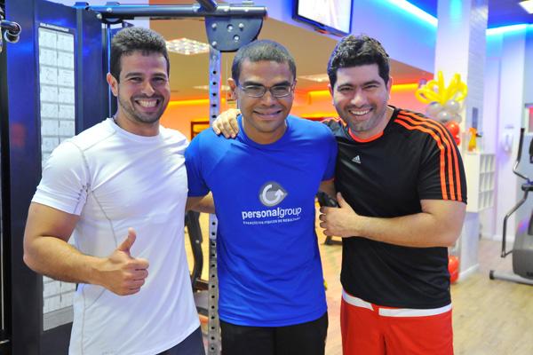 Gil Cutrim e Erlon Soares com o personal Marcos Mendes.