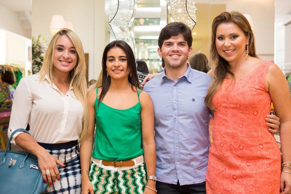 Tatiana Lobão, Rafaela Murad Amorim, eu, blogueiro, e a anfitriã Manu Schiavotelo mendonça.