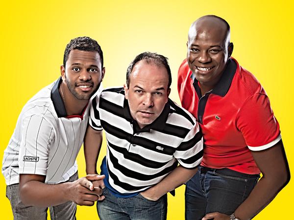 """Os atores Charles Jr, César Boaes e Adeílson Santos, que formam o elenco do espetáculo teatral """"Pão Com Ovo"""" (Foto: Daniel 9D)."""