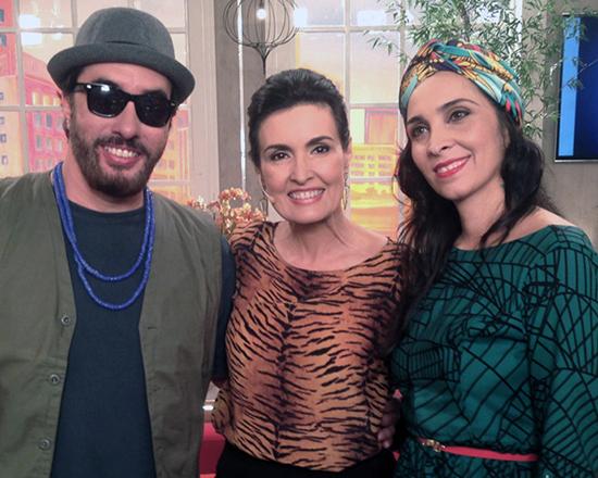 Alê Muniz e Luciana Simões com Fátima Bernandes, durante participação no programa Encontro do dia 06/08 (Foto: Divulgação gshow.com)