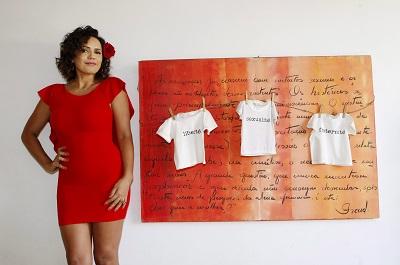 """Dadá Coelho para a coluna """"Gente Boa"""", assinada por Cleo Guimarães em O Globo (Foto: Marcos"""