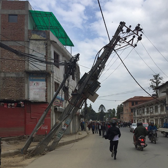 """Foto publicada por Nelson Piquet, no Instagram, no dia do terremoto no Nepal, com a seguinte legenda: """"Uma tragédia que passou a fazer parte de minha vida e de todos que aqui estão"""""""