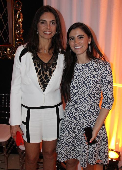 O Casar Bem recebeu visitantes badalados como a empresária paulistana Rosângela Lyra (que visitava São Luís na ocasião), vista com a estilista Dani Messih.