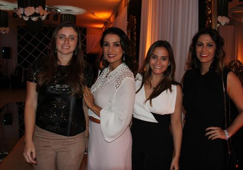Isabela Murad e Rafaela Albuquerque com as irmãs Roberta e Flávia Santos, do Santté Estilo (Foto: Marcela Simplício)
