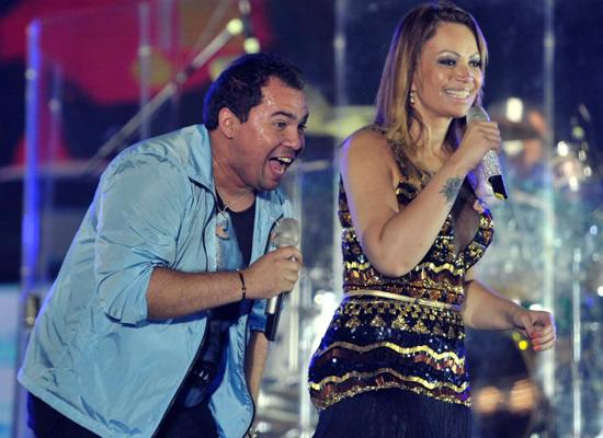 Xand e Solange Almeida, vocalistas do Aviões do Forró (Foto: Reprodução)