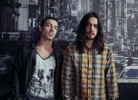 Di Ferrero e Filipe Ricardo, vocalista e baterista, respectivamente, da banda NX Zero, se apresentam com o grupo em São Luís em junho (Foto: Divulgação).