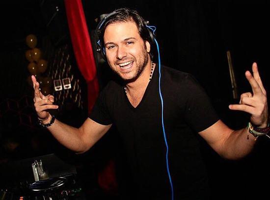 DJ Diego Moura empolgado com o lançamento do 1º single pela Universal Music Brasil (Foto/Reprodução: Facebook)
