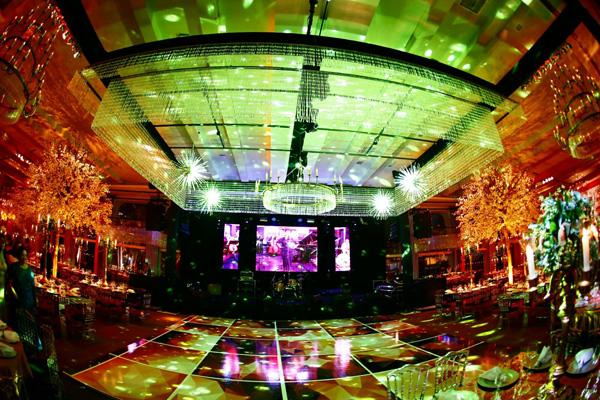 Panorama da pista de dança central (Foto: Marcus Studio)