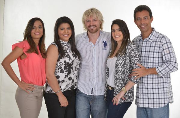 Raíssa Cruz, Gláucia Cordeiro, Círio Sens, Raquel Viegas e Meireles Jr , responsáveis pela produção do Calendário Preciore (Foto/Divulgação)