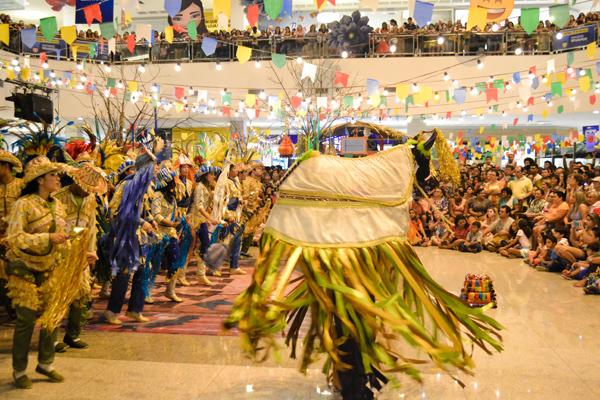 Grupo de Bumba meu Boi que se apresentou no primeiro fim de semana do Arraial da Ilha (Foto/Divulgação: Imirante.com)
