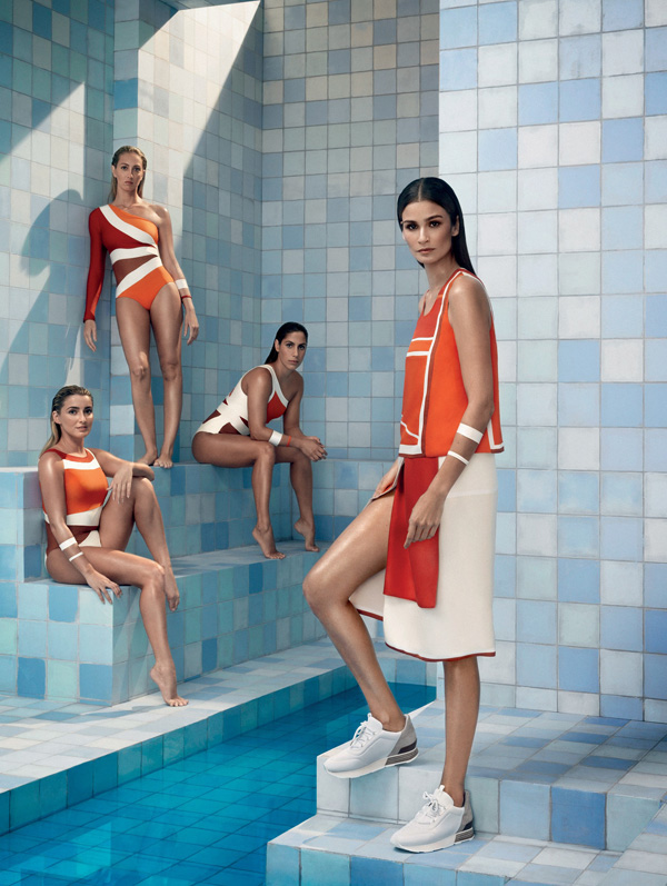 Carol Ribeiro, em primeiro plano, na capa da Vogue Julho/16, com atletas da seleção brasileira olímpica de nado sincronizado (Foto/Reprodução: Henrique Gendre)