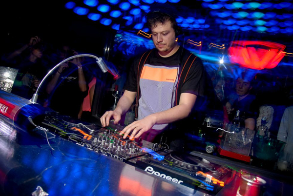 DJ Fabø, uma das atrações do Warung Beach Club Tour em São Luís (Foto/Reprodução: Stephan Rangel)