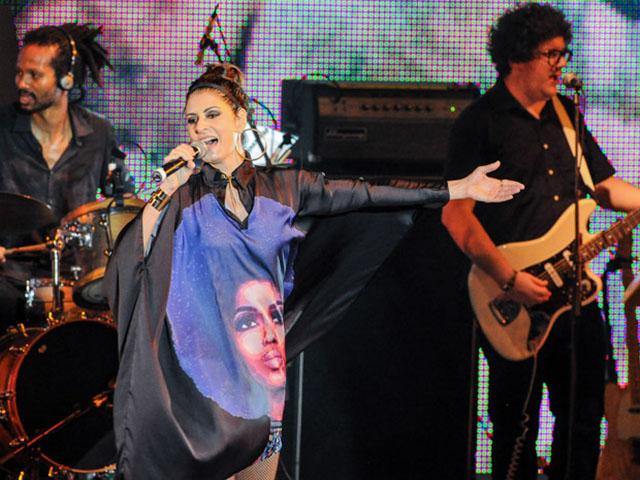 Cantora portuguesa Raquel Tavares no Tributo ao Samba e aos 450 anos do Rio de Janeiro.