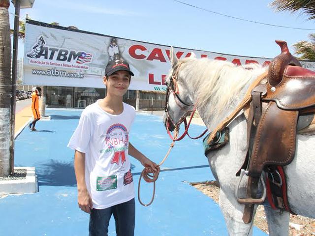 Jovem cavaleiro maranhense Luis Guilherme (14 anos) do Haras 4 Irmãos o menor tempo do mundo na modalidade 16,596s. Foto: Divulgação