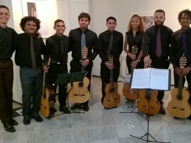 Recital de Violões foi para ensinar os alunos do curso em dois tipos de categoria. Foto: Divulgação