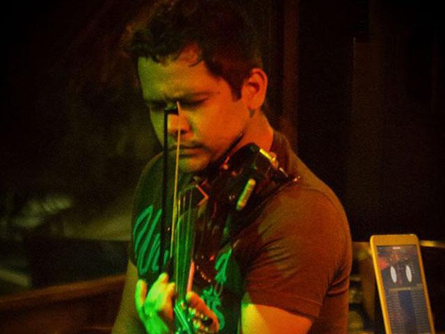 Violinista e gaitista maranhense Júnior Mouriz, integrante da banda de Seu Jorge. Foto: Divulgação