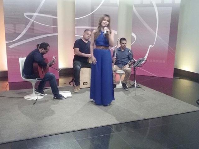 Cecília Leite e banda. Foto: Divulgação