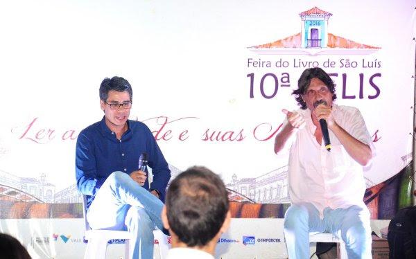 Jornalista maranhense Marcos Saldanha e Eduardo Bueno. Foto: Divulgação