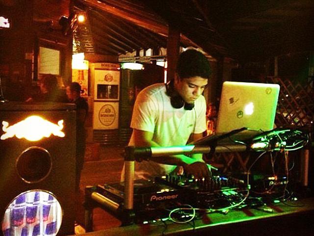 No setlist do DJ tem deep, tech house e techno. Foto: Divulgação