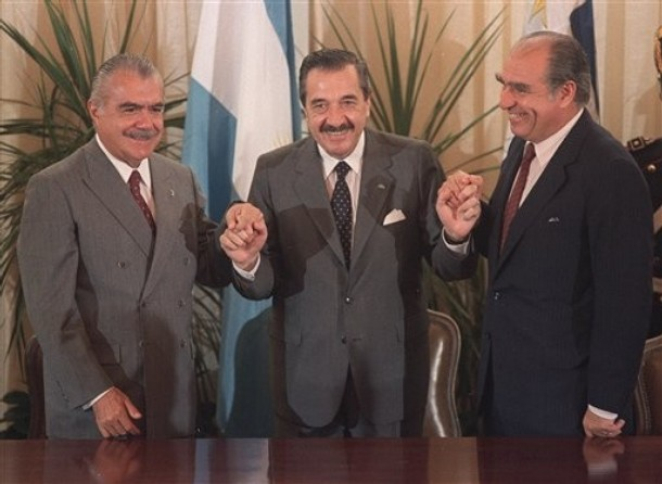 CORRECTION Argentina Obit Alfonsin