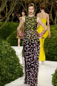 paris-haute-couture-vestido-longo-florido