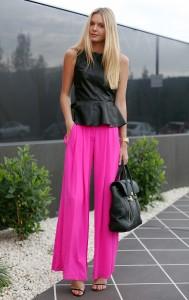 la-modella-mafia-Models-Off-Duty-street-style-Spring-2012-Neon-hot-pink-pants1