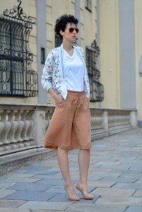 how-to-wear-bermuda-shorts-4