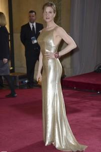 Oscars-2013-vestido-dorado