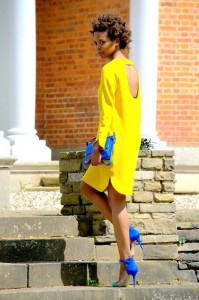 street-style-yellow-fashion-notebook-4