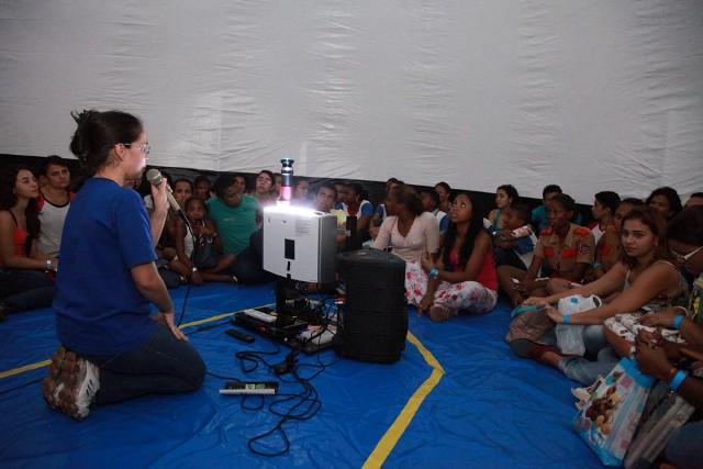 Foto 3 DOMINGO - Semana de Ciência e Tecnologia